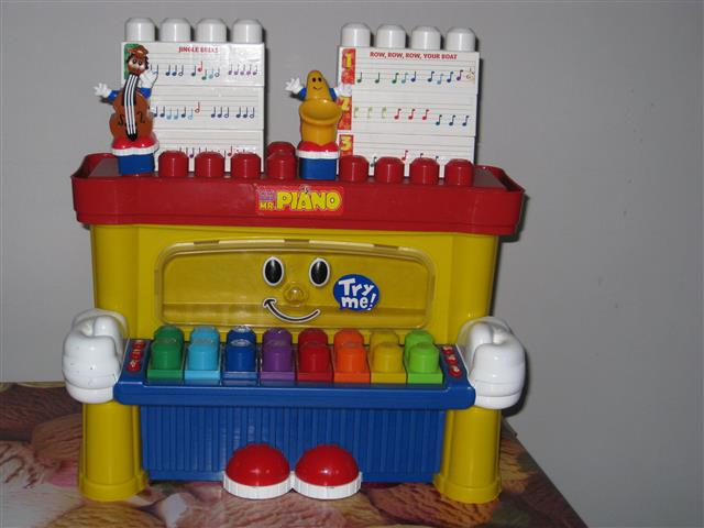 Mega Bloks Piano  663