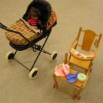 Dolls Pram 91   Highchair set 811