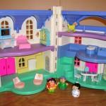 Dolls house 405