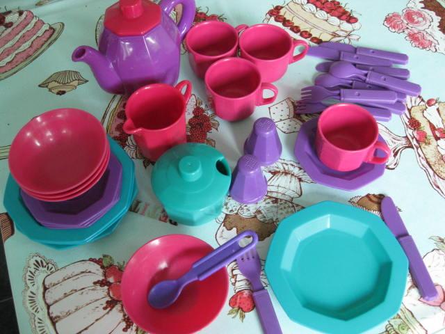 Tea Set  58